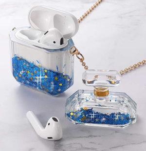 Etui de protection écouteurs sans fils et bouteille de parfum