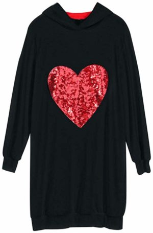 Sweat capuche noir avec coeur rouge à pailllettes