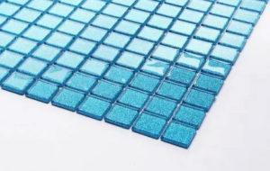 Carrelage mosaïque en verre bleu paillettes