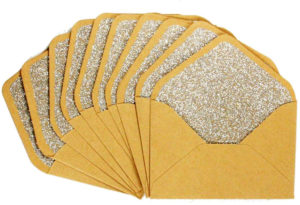 Petites enveloppes dorées à paillettes